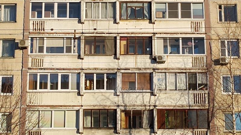 Остекление балконов и лоджий в домах 504-д серии.