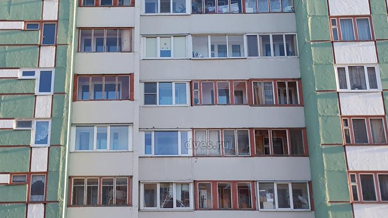 Остекление балконов и лоджий в домах 600.11 серии.