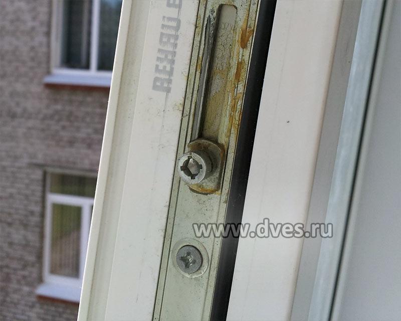 Запорные цапфы на окна поставить